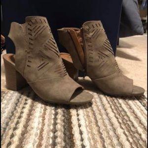 Brown open toed heels